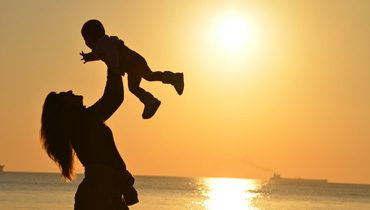 Natural remedies for travelling with young children